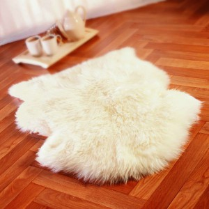 Sheepskin rug white fluffy