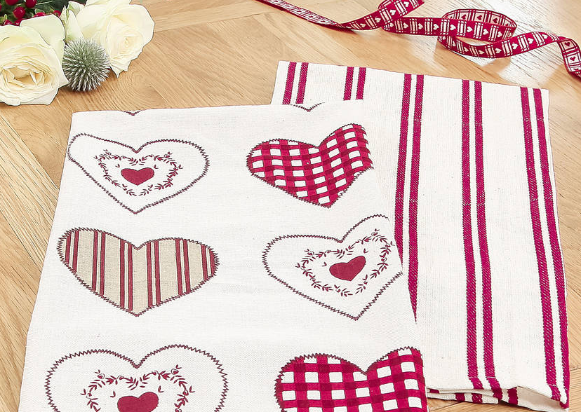 Valentine's day home decor Set of 2 Tea Towels – Not on The High Street