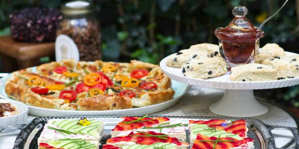 garden party light snacks and starters for guests to eat