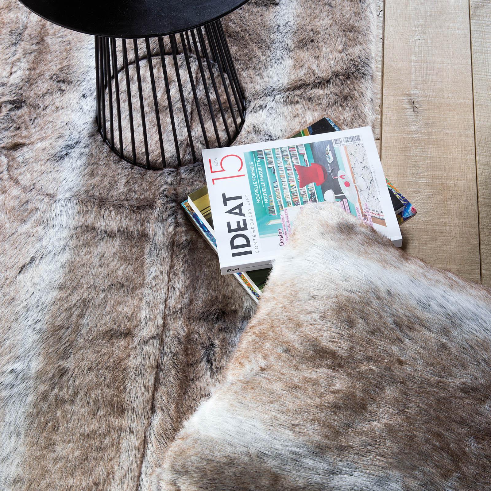 Pelle Feel Rugs in Brown from the rug seller