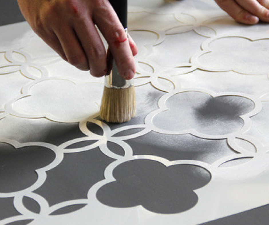 how to paint a rug the right way upcycle your rug