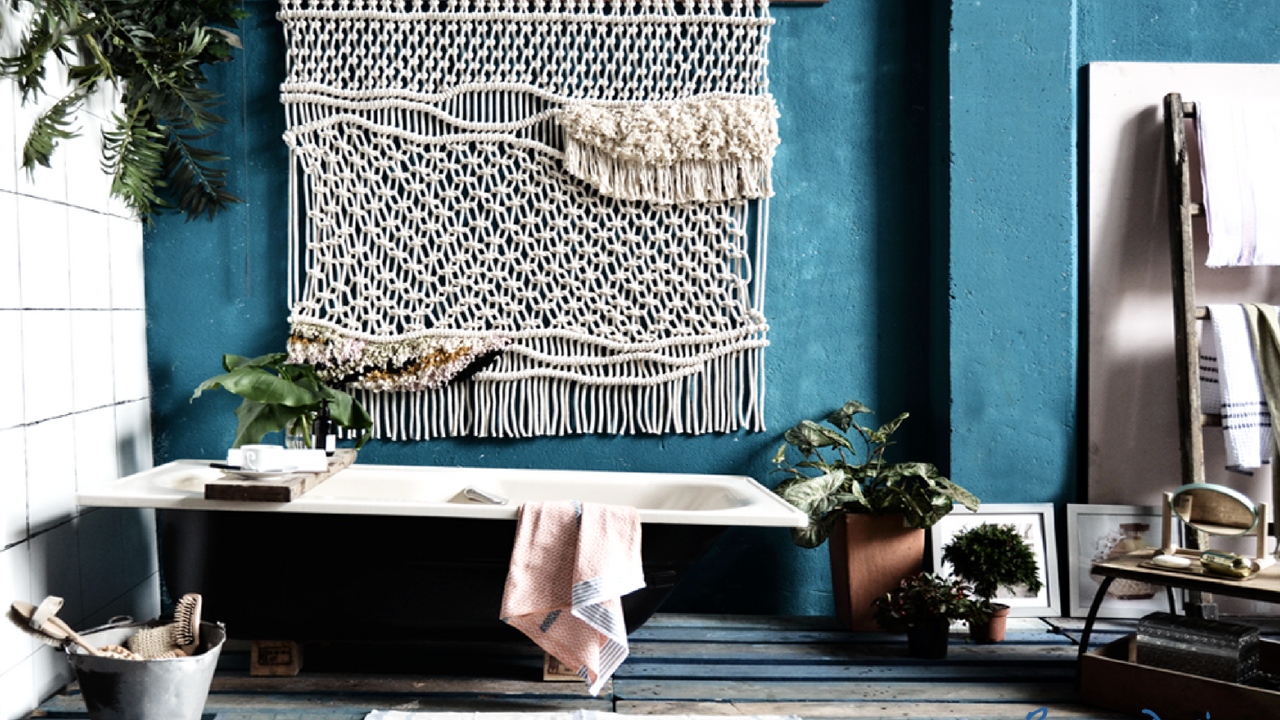 1970s inspired bathroom with a rattan wall hanging