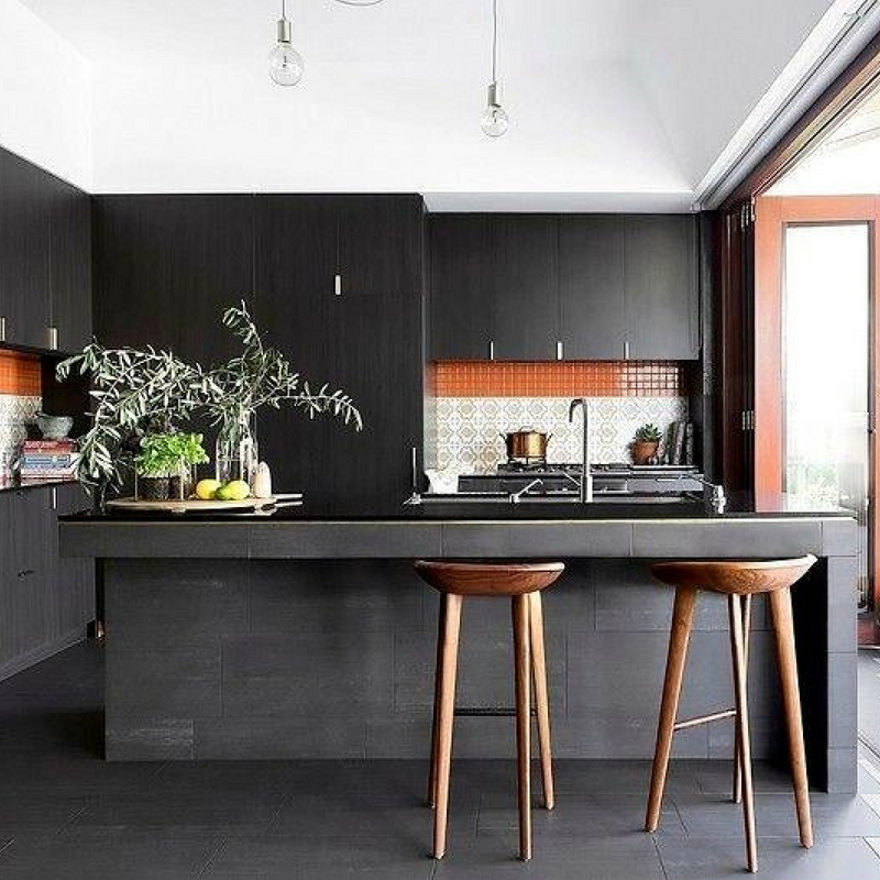 Interior Design Trends dark kitchen in black