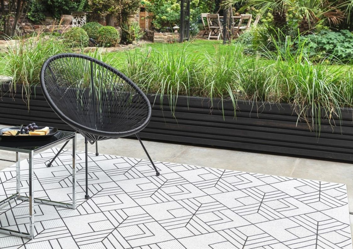 Patio Outdoor Rugs from The Rug Seller