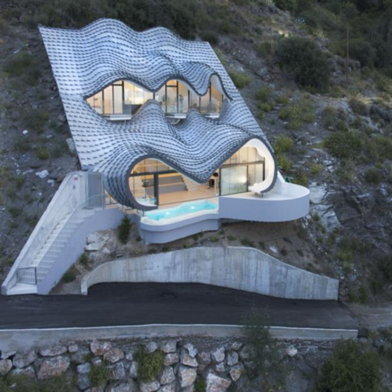 The world's most extraordinary homes - mountain mansion