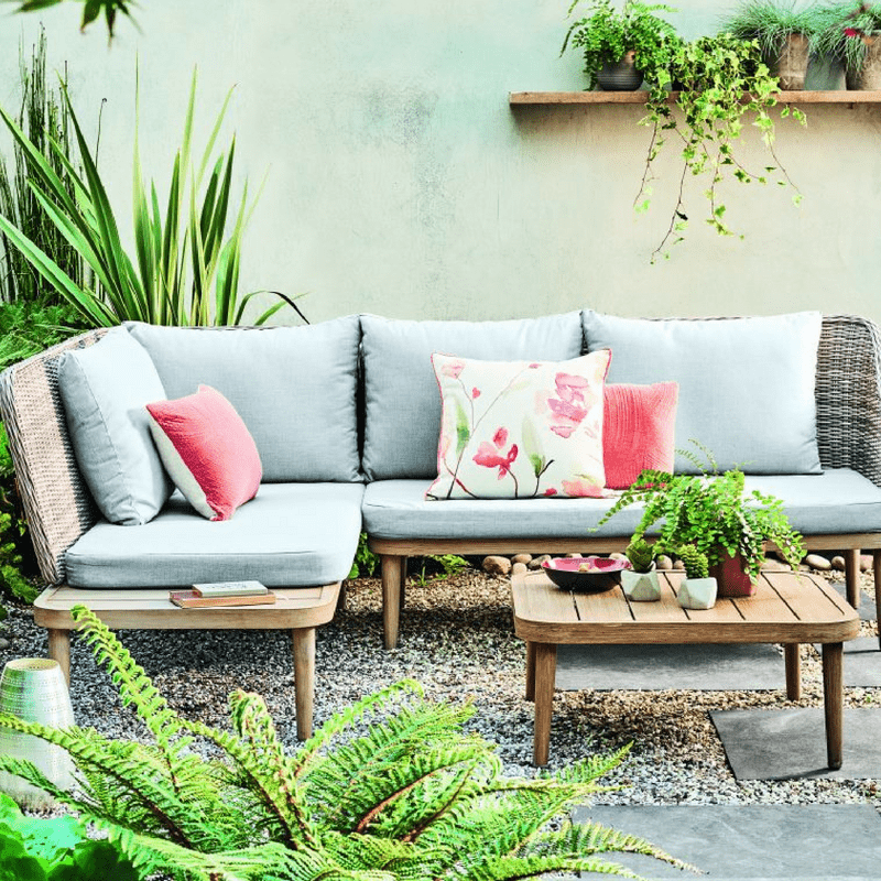 Outdoor Style Guide: How to Create A Stylish Outdoor Space