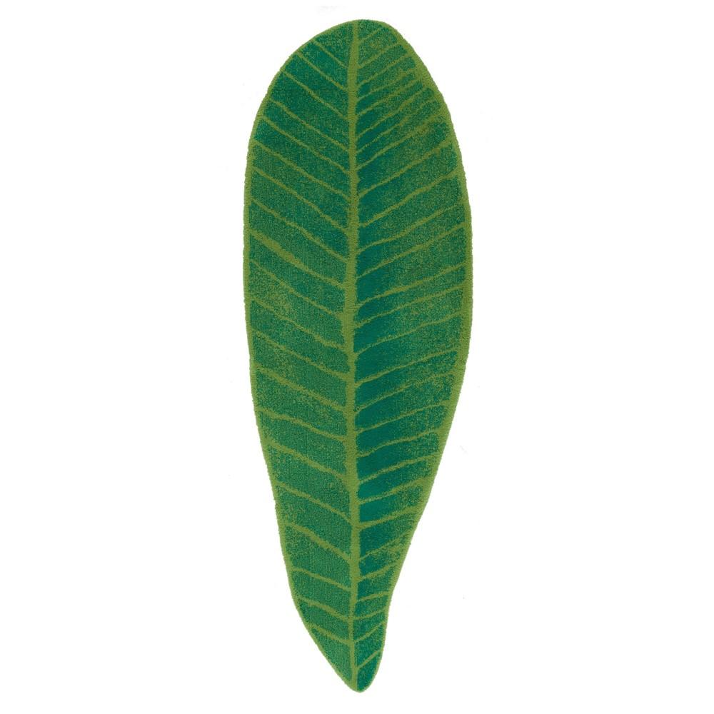 green leaf bath mat on a white cut out background